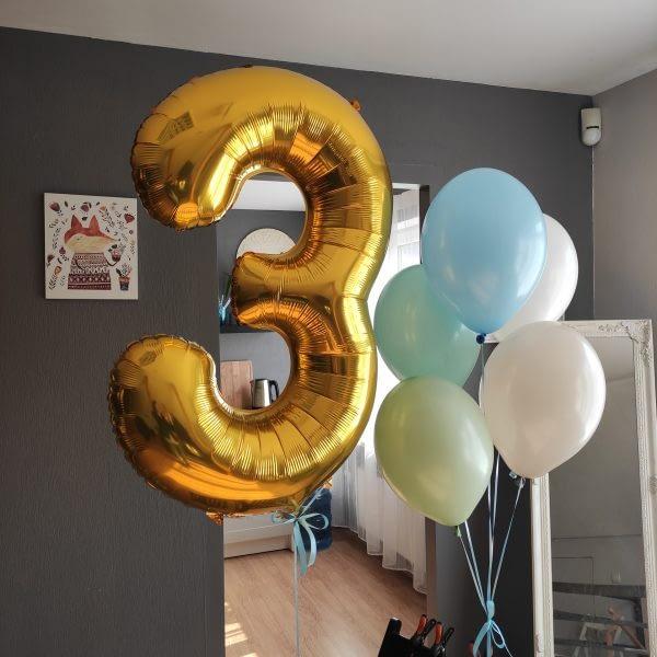 helija-ciparu-balons-3-ar-balonu-dekoraciju