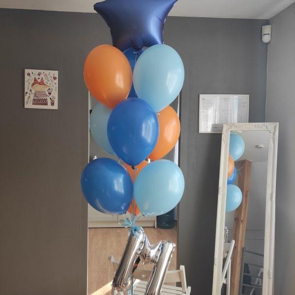 Vārda-dienas-balonu-kompozīcija-ar-burtu