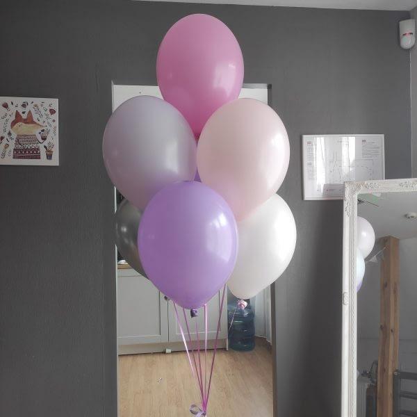 lilla-krasas-tona-helija-balona-kompozicija